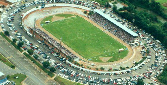 Estadio Ronaldão: Apertura y realización de juegos, y donde se presentan el, Cruzeiro, Atletico, Corinthians y otros clubes